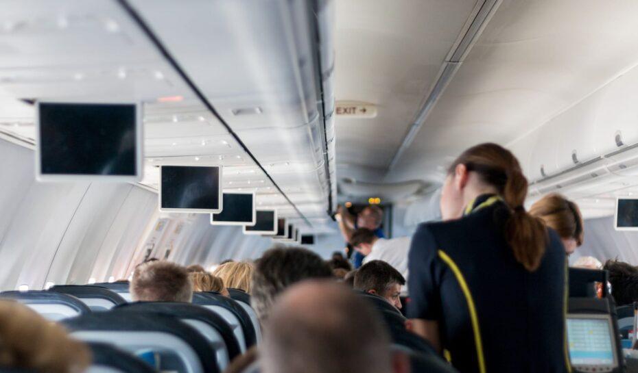 Místa na stání v letadle? I to může být realita