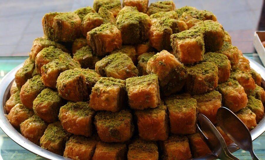 Turecká Baklava – tradiční pochoutka s ořechy a medem