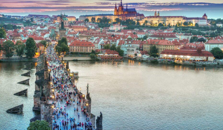 Vlastivědné procházky Prahou po celé září