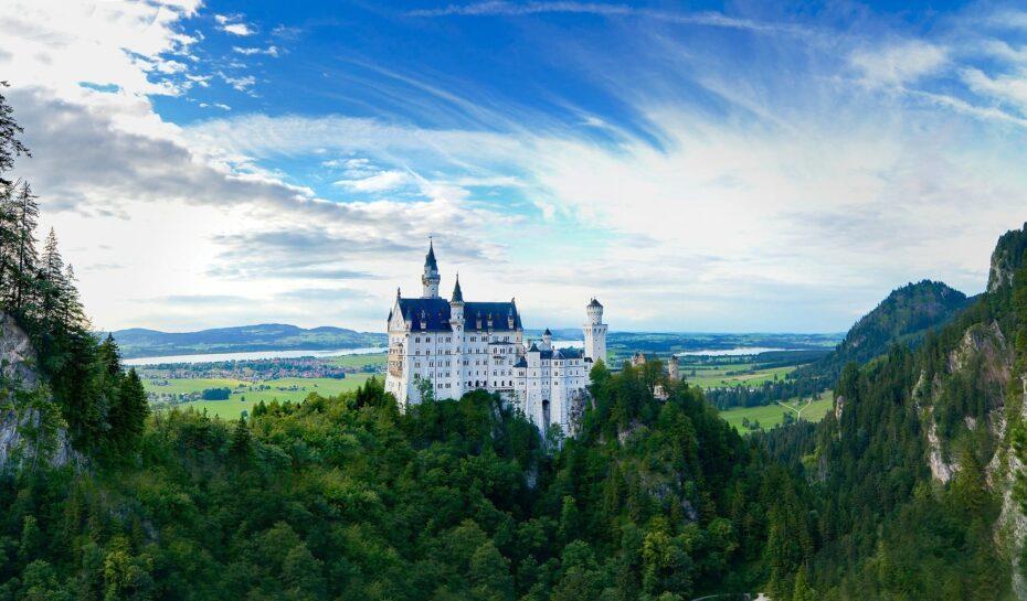 7 nejtajemnějších hradů a zámků Evropy