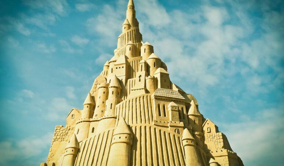 Rekord překonán! Podívejte se na nejvyšší hrad z písku na světě