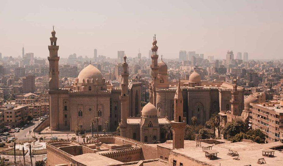 Káhirou projeli slavní faraonové. Přesunou se do Národního muzea egyptské civilizace